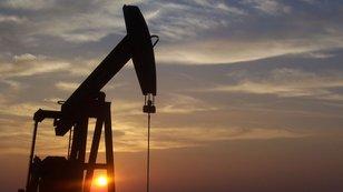 Jak hrát levnou ropu na akciových trzích