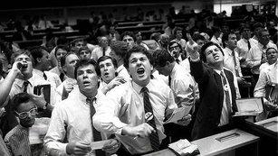 Akcie, dluhopisy a jedna (ne)významná korelace aneb Když jsou signály na trhu příliš dobré na to, aby byly pravdivé