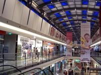 ČR - maloobchod v říjnu klesl 0,3% m/m