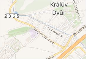 Macháčkova v obci Králův Dvůr - mapa ulice