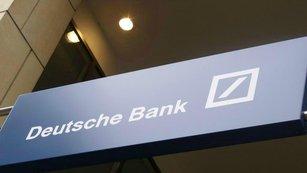 Problémy Deutsche Bank ve 13 grafech: Blíží se událost typu krachu Lehman Brothers?