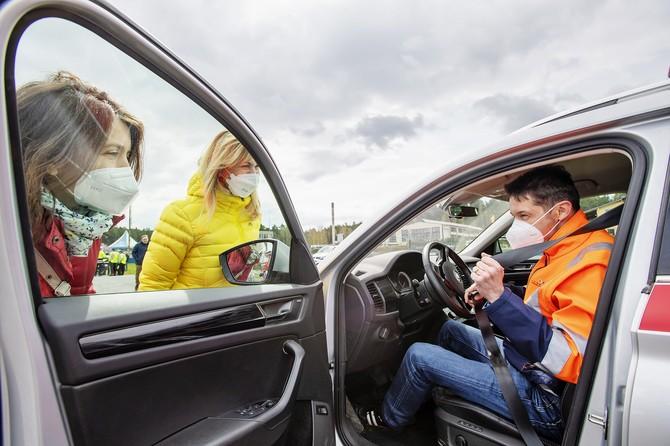 ŠKODA AUTO partnerem projektu vzdělávání mladých řidičů Start Driving