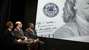 Jim Rogers: Ben Bernanke je absolutní katastrofa, Fed bych zrušil a zlato ještě nemá dno za sebou