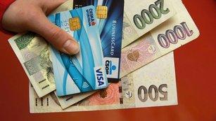 Co kdyby vám banka platila za to, že si od ní vezmete půjčku?