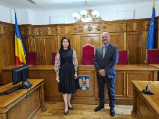 Corina-Alina Corbu a Petr Angyalossy v jednací síni Nejvyššího kasačního soudu Rumunska