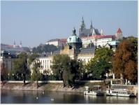 Růst české ekonomiky ve 4. čtvrtletí zrychlil na 5,1 %